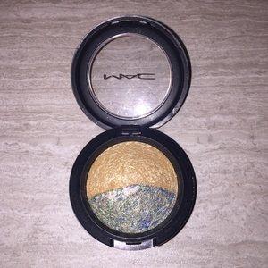 """Sweet & Sour"" MAC Eyeshadow"